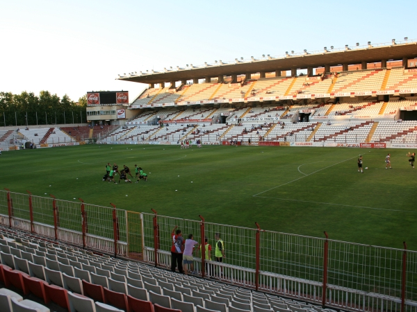 Estadio del Rayo Vallecano (de Vallecas Teresa Rivero)